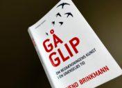 Mådehold i en krisetid – en anmeldelse af 'Gå glip'